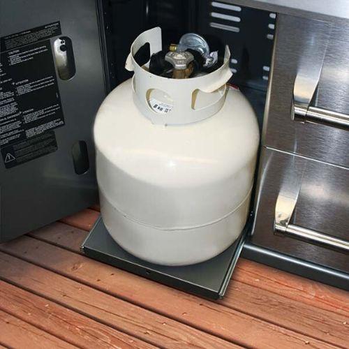 barbecue a gas con vano portabombola incorporato